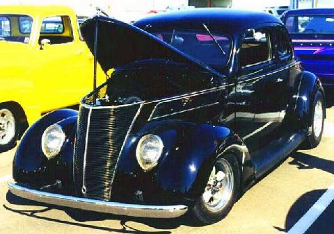 Ford 5Window Coupe 009 (1937)