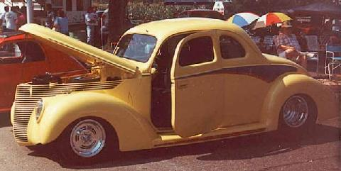 Ford 5Window Coupe 001 (1938)