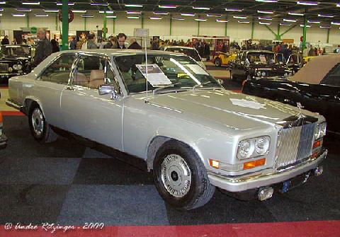 Rolls Royce Camargue 1976 Front three quarter view