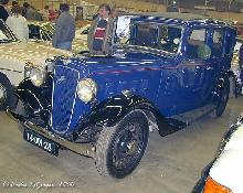Austin 12/4 Saloon 1935 Front three quarter view