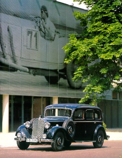 Mercedes Benz 260D Saloon    FVl Stitched (1938)