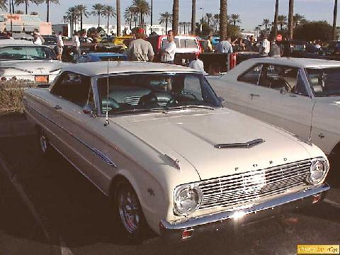 Ford 1962 Falcon Futura 2dr Ht Crm Frsvw