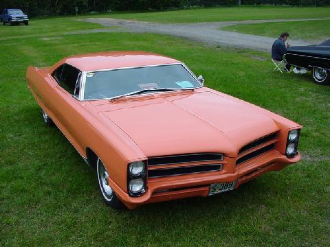 Pontiac Bonneville 2dht, Customized, Peach (1966)