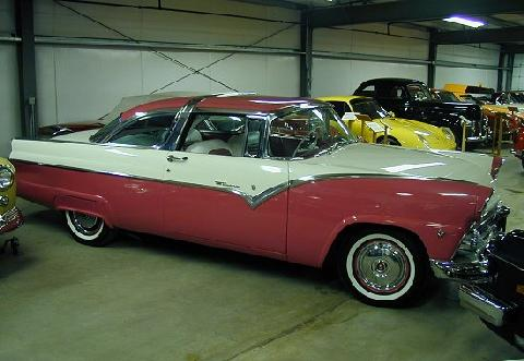 Ford Fairlane Crown Victoria Pink And White 1 (1955)