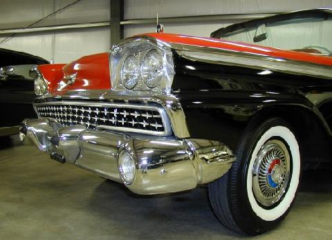 Ford Galaxie Retractable Black And Red 2 (1959)