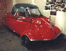 Messerschmitt KR200 (red bodywork, front view)
