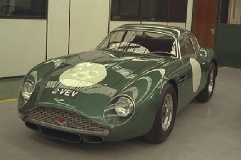 Aston Martin DB4GT Zagato (2VEV, front side view)