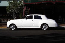 Rolls Royce Silver Cloud III (side view)