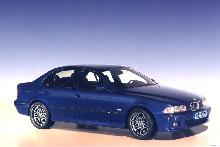 BMW M5 (1999, side view)