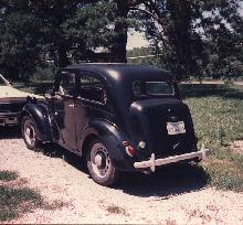 Ford Popular (1950, rear view)