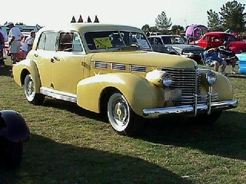 Cadillac Fleetwood 60series (1938)