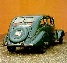 Peugeot 402 Berline Rear view  (1937)