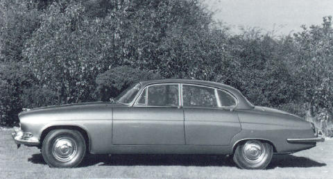 Jaguar Mk X Side view (1962)