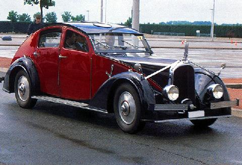 Voisin C27 Aerodyne Retractable Roof (1936)