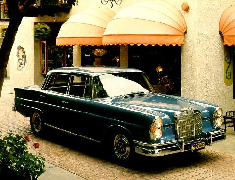 Mercedes Benz 220sb Sedan Blue  Fvr Max  (1960)