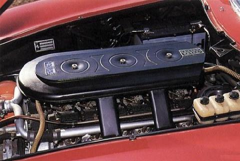 Ferrari 275GTB4 engine bay