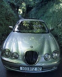 Jaguar S Type 1 (1999)