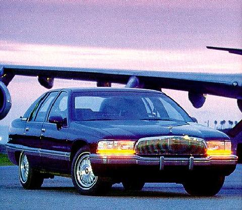 Buick Roadmaster Limited Front View (1993)