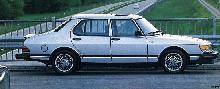 Saab 900 Turbo 4 Door.jpg Turbo (1981)