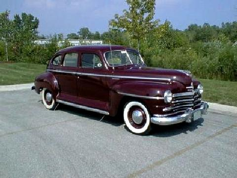 Plymouth Special Deluxe Sedan 4d Maroon Fvr (1946)