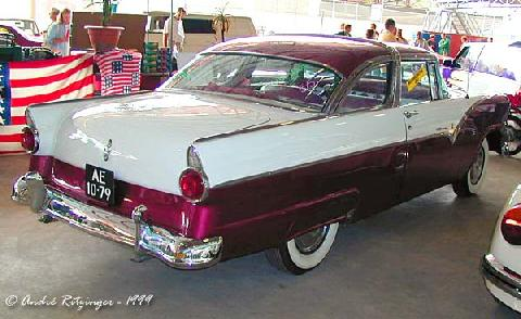 Ford Fairlane Crown Victoria Coupe 1955 Rear three quarter view