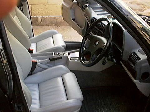 Electric adjustabile seats and