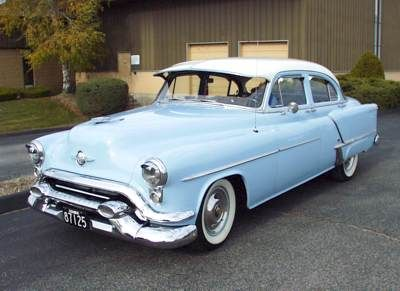 "1953 Oldsmobile Super 88 with optional 303.75""c.i.d. 165 hp V-8 engine and Hydramatic 4 speed transmission.  Optional Cadet Visor with prism traffic view finder on dash, power steering, power brakes,"