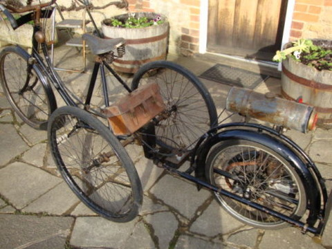 1913 Wall Auto Wheel James Quadricycle Rear Left View