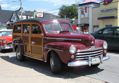 1947 Ford Woodie fsvd KRM
