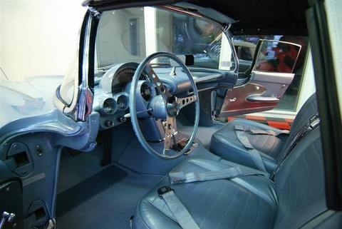 1959 Chevrolet Corvette convertible frost blue Interior