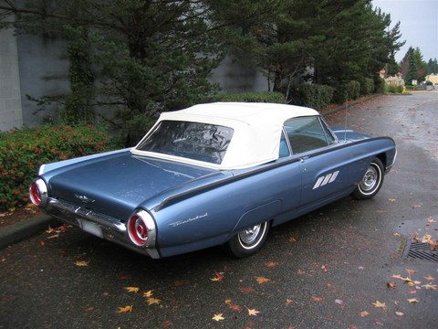 1963 Ford Thunderbird convertible blue rvr