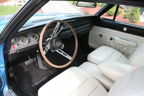 1968 Dodge Hemi Charger blue Interior