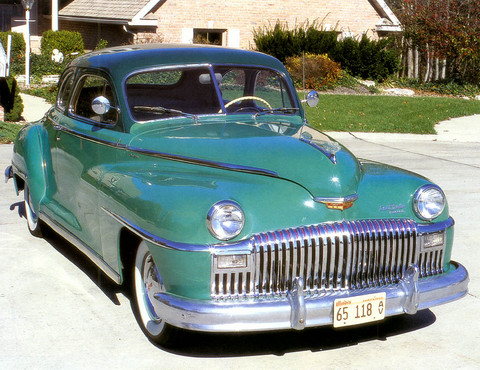 1947 DeSoto Custom Club Coupe f3q ThomasS
