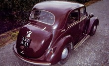 1951 Simca Huit 1200-2-Berline-red-�rVrTop michelweb