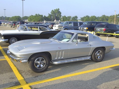 1966 Chevrolet Corvette Coupe Silver fsv (2002 WW@WD PROC)