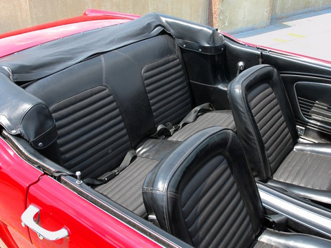 1966 Ford Mustang Convertible 6-Cylinder Engine Interior fvr Signal Flare Red (2006 WW@WD DCTC) CL