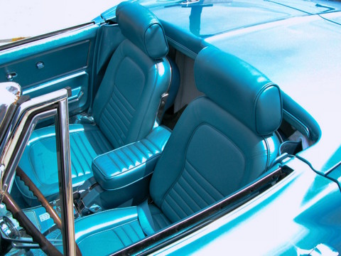 1967 Chevrolet Corvette Sting Ray 427 Convertible & Side Pipes Interior Marina Blue (2005 WW@WD DCTC) DSCN7098