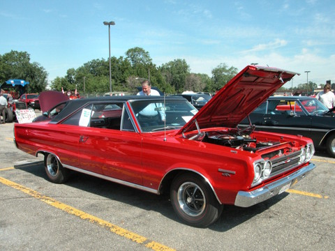 1967 Plymouth Belvedere GTX Hardtop Bright Red fvl (2005 WW@WD PROC) DSCN7882
