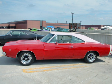 Red Dodge Charger >> 1968 Dodge Charger R-T with Styled Steel Wheels & White Vinyl Top Bright Red sv (2005 WW@WD DCTC ...