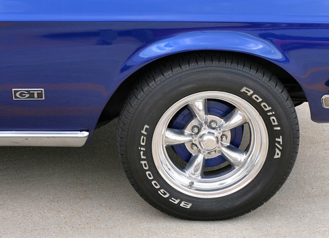 1968 Ford Mustang GT Fasback Fender Badge & Custom Wheel Detail Acapulco Blue Poly (2006 WW@WD DCTC) CL