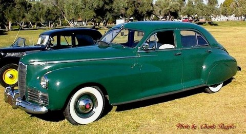 41Packard-Clipper-4dr-sdn-Grn
