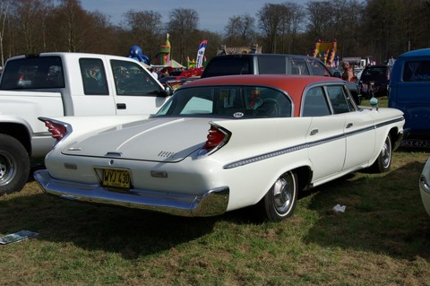1960 DeSoto Fireflite Sedan rear- ev9b9g$p5g$30$8300dec7@news.demon.co.uk