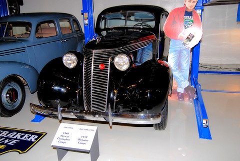 1946 Studebaker Skyway Champion Coupe - fvl