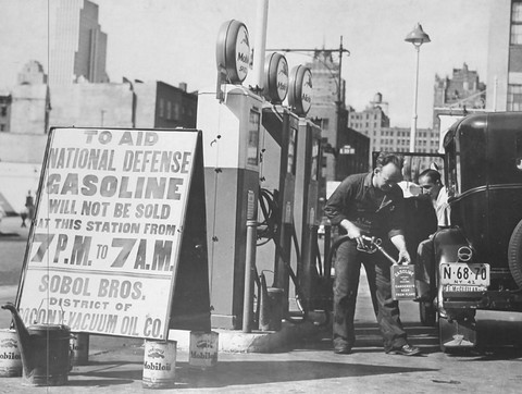 1941 - Gas Rationing on the Home Front Photograph (WPC Museum) BW N