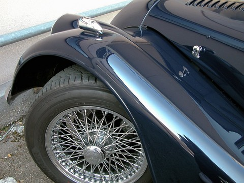 200x Morgan+8 left front fender and wheel