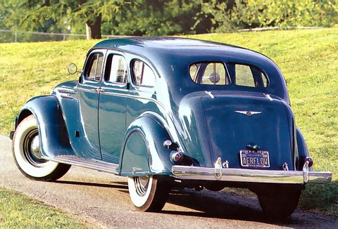 1937 Chrysler C17 Imperial Airflow Sedan r3q