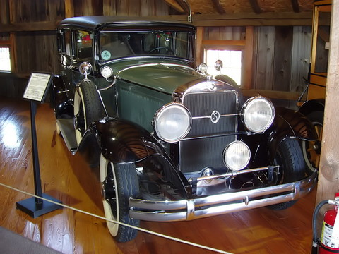1929 Studebaker President Eight 7 Passenger Sedan - fvr